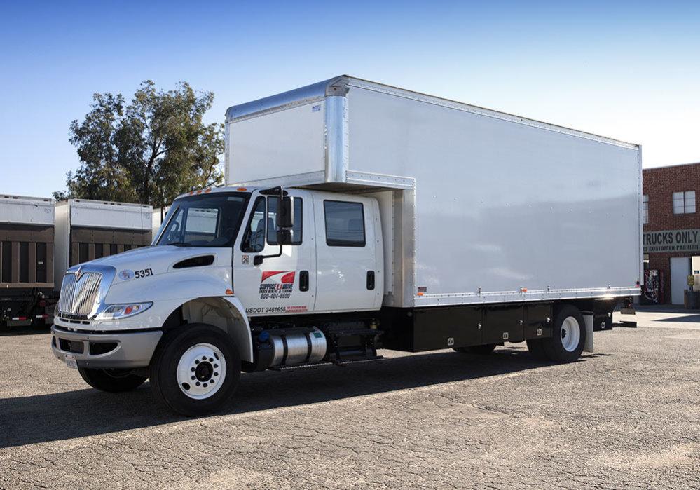 Box Truck Crew Cab 22 Suppose U Drive Truck Rental Leasing