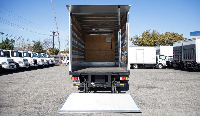 Box Truck Studio 19' full