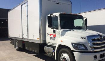 Box Truck Studio 24' full