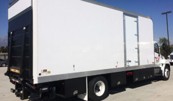 Box Truck Studio 24' full