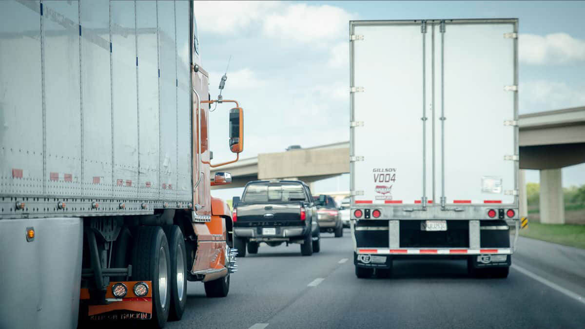 Trucking Safety Measures for Fleet Management: Caution