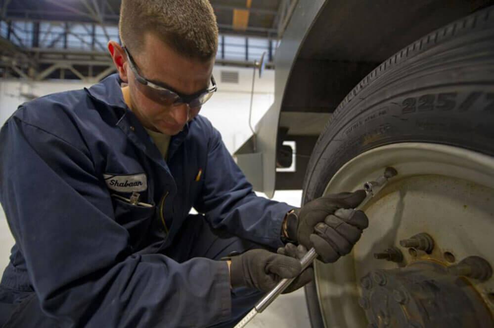 Summer Truck Maintenance: Tire Pressure