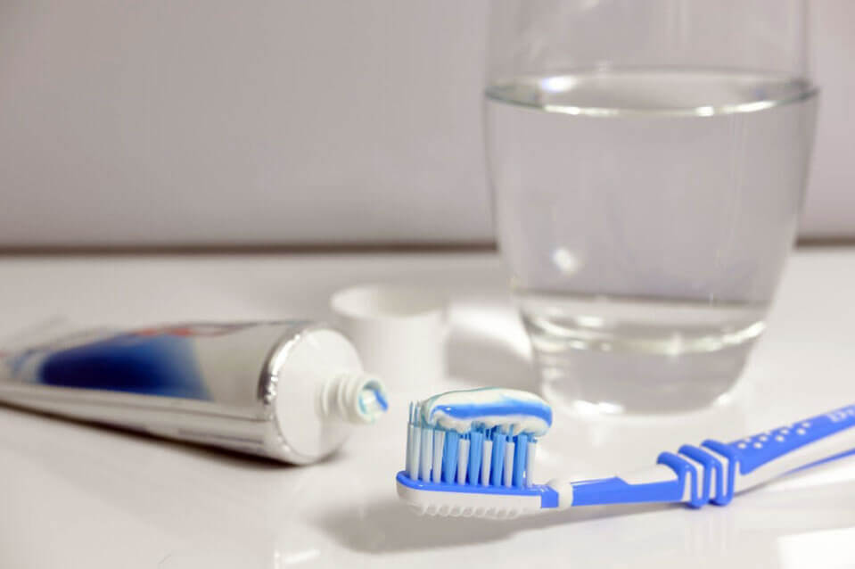 toothbrush-going-on-a-long-haul-what-to-take-suppose-u-drive