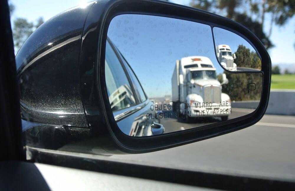 truck-rear-view-mirror-suppose-u-drive