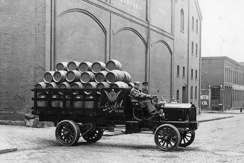 Trucking History: Suppose U Drive – First Truck